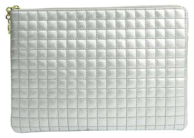 Item - Charm Quilted Women's Silver Leather Clutch