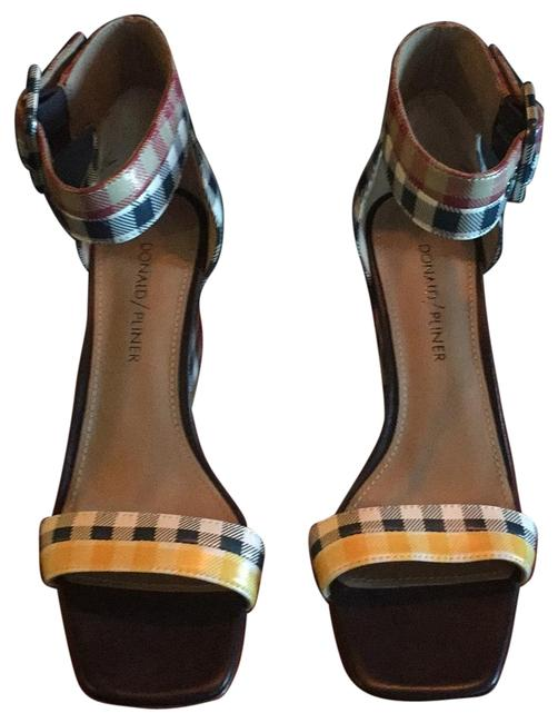 Item - Navy/Multi Printed Leather (Gingham) Sandals Size US 6.5 Narrow (Aa, N)