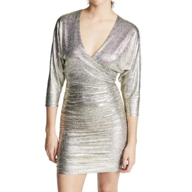 Item - Gold Metallic Ruched 3/4 Sleeve Short Cocktail Dress Size 10 (M)