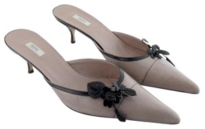 Prada Chic Classy Business Attire Dressy Black Flower Leather New Slip On Low Heels Pointed Toe Pale Pink Mules
