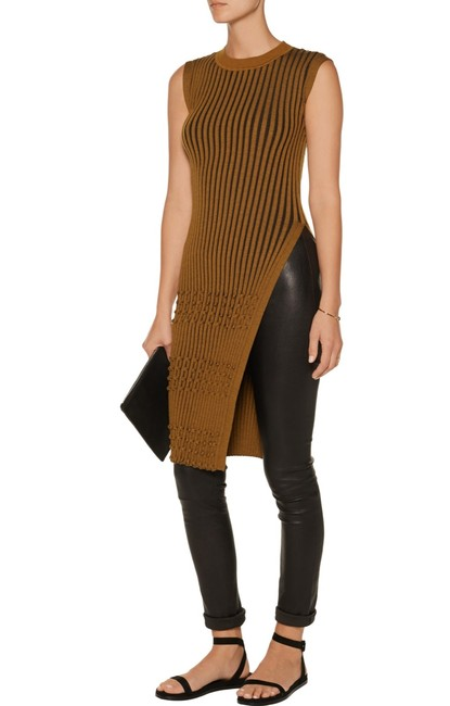 Item - Tan and Brown Ribbed Knit Sleeveless Tunic Size 4 (S)