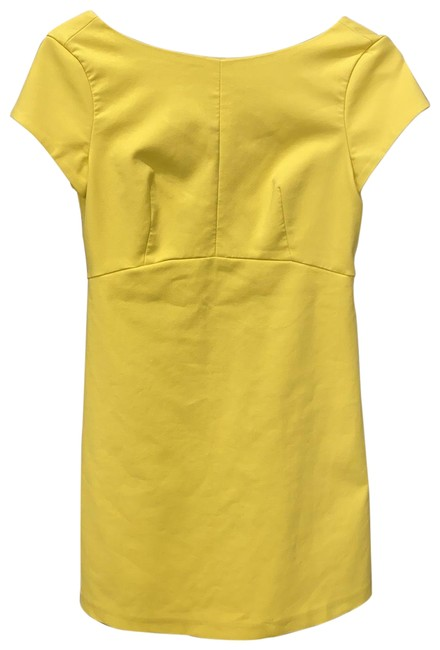 Item - Yellow Mini Short Cocktail Dress Size 8 (M)