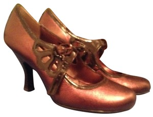 Sofft (Nordstrom) Mary Jane Bronze Pumps