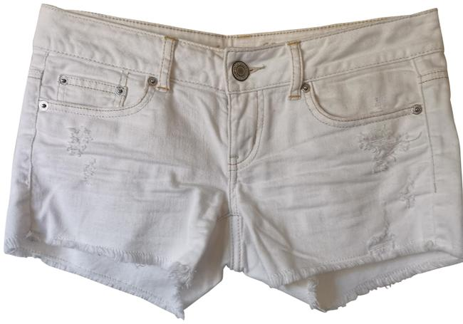 American Eagle Outfitters White Hot Shorts Size 2 (XS, 26) American Eagle Outfitters White Hot Shorts Size 2 (XS, 26) Image 1