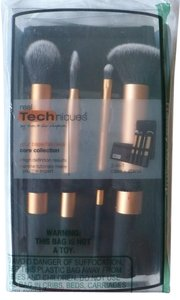 Real Techniques [RESERVED FOR GLADYS] real Techniques Core Collection 4-Brush Set + Case