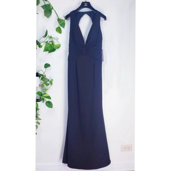 JS Collections Black Stretch Crepe Plunge Backless Evening V-neck Cutout Sleeveless Long Formal Dress Size 4 (S) JS Collections Black Stretch Crepe Plunge Backless Evening V-neck Cutout Sleeveless Long Formal Dress Size 4 (S) Image 11