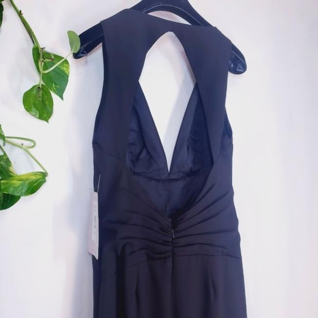 JS Collections Black Stretch Crepe Plunge Backless Evening V-neck Cutout Sleeveless Long Formal Dress Size 4 (S) JS Collections Black Stretch Crepe Plunge Backless Evening V-neck Cutout Sleeveless Long Formal Dress Size 4 (S) Image 5