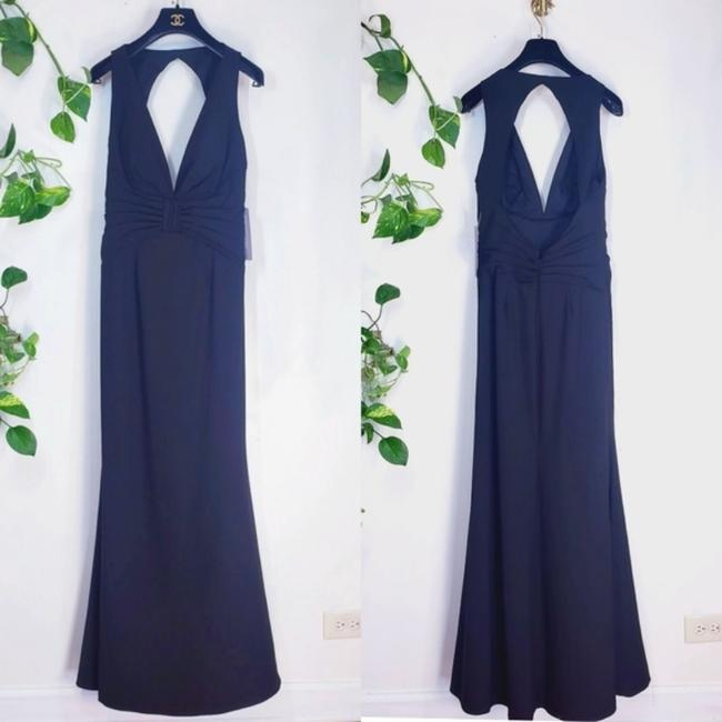 JS Collections Black Stretch Crepe Plunge Backless Evening V-neck Cutout Sleeveless Long Formal Dress Size 4 (S) JS Collections Black Stretch Crepe Plunge Backless Evening V-neck Cutout Sleeveless Long Formal Dress Size 4 (S) Image 6