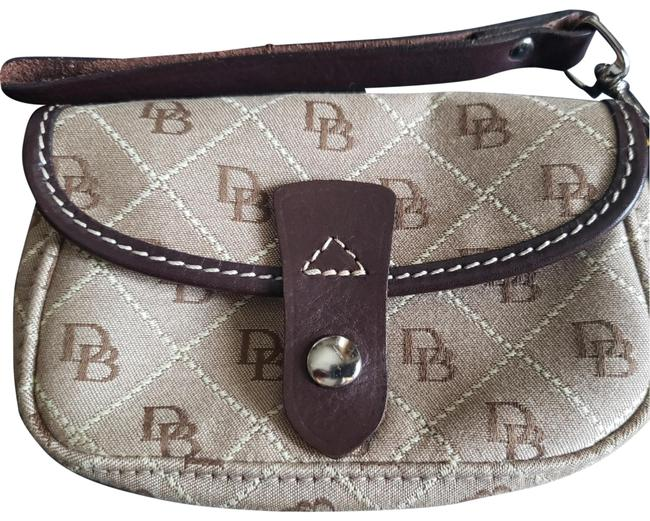 Item - Signature Canvas/Leather Taupe/Brown Canvas Wristlet