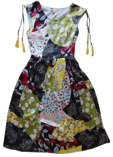 Item - Multi-color Style Yd001637 Mid-length Short Casual Dress Size 4 (S)