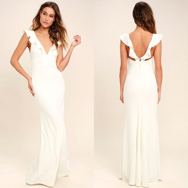 Item - White Crepe New Perfect Opportunity Ruffle Mermaid Gown M Formal Bridesmaid/Mob Dress Size 8 (M)