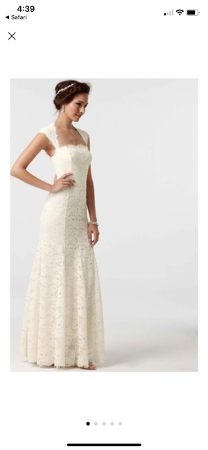 Item - Ivory Lace Isabella Feminine Wedding Dress Size 0 (XS)