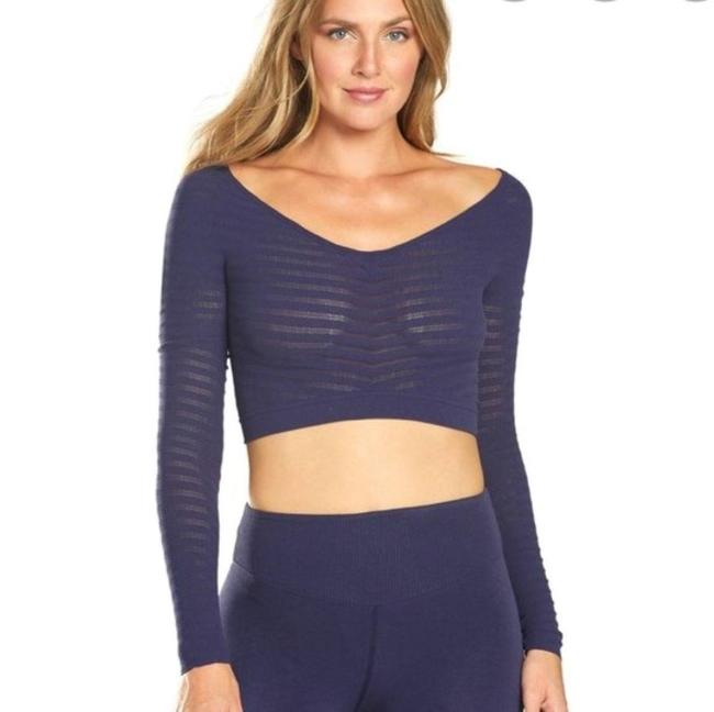 Item - Blue Gone Adrift Cropped Activewear Top Size 4 (S)