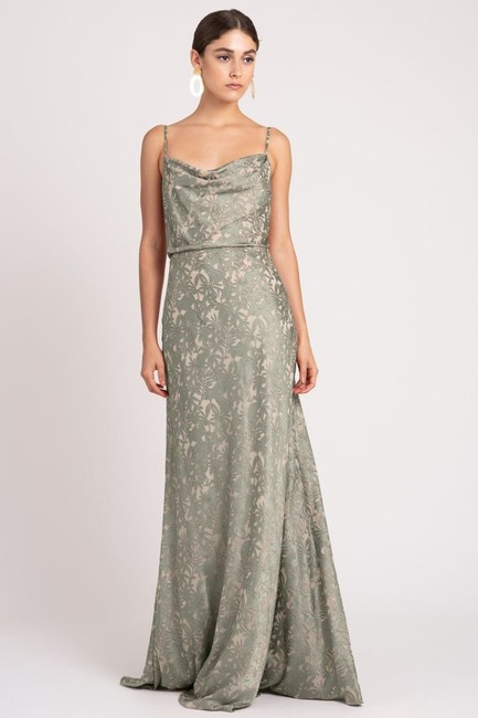 Item - Sage/Nude Luxe Satin Burnout Print Dahlia Formal Bridesmaid/Mob Dress Size 8 (M)