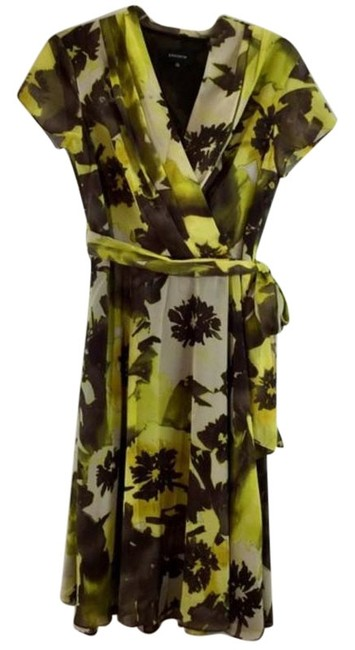 Item - Black Yellow W Floral Print W/Belt Sleeves Short Casual Dress Size 10 (M)