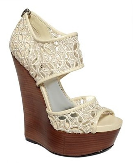 bebe Natural Wedges