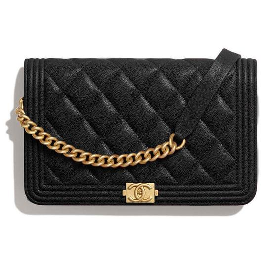 Preload https://img-static.tradesy.com/item/27930158/chanel-boy-wallet-on-chain-caviar-quilted-woc-black-leather-cross-body-bag-0-1-540-540.jpg