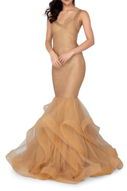 Item - Champagne Glamour By Long Formal Dress Size 10 (M)