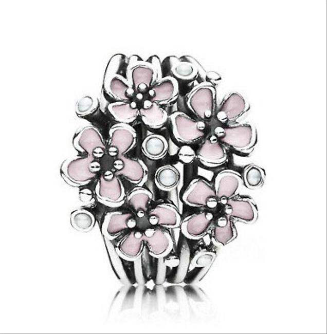 Item - Silver Pearls with Flowers Ring