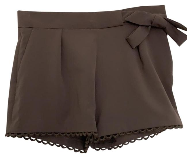 Item - Taupe/Brown Scallop Trim Shorts Size Petite 2 (XS)