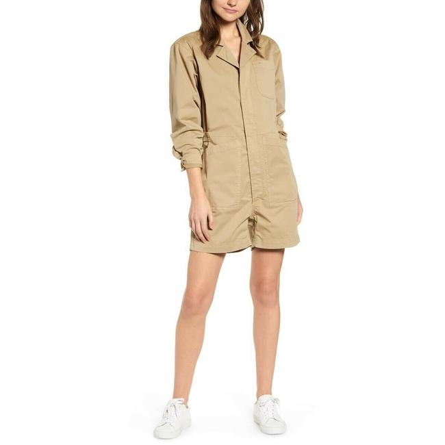 Item - Beige Short Romper/Jumpsuit