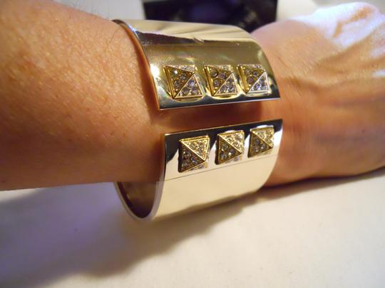 Victoria's Secret Victoria's Secret hinged cuff bracelet