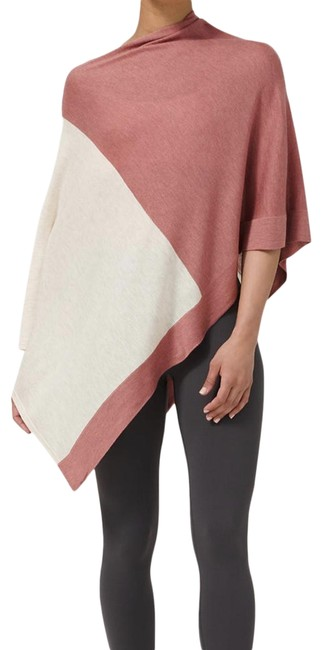 Item - Poncho In Heathered Cherry Tint/Heathered Dune Cardigan Size OS (one size)