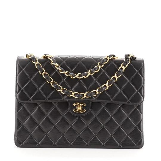Preload https://img-static.tradesy.com/item/27956273/chanel-classic-flap-vintage-classic-single-quilted-lambskin-jumbo-black-leather-shoulder-bag-0-0-540-540.jpg