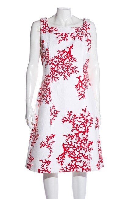 Item - White & Red Coral Print Sleeveless Short Cocktail Dress Size 8 (M)