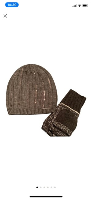 Item - Gray/Silver/Black New Graphite Sequin Beanie and Fine Knit Gloves Hat