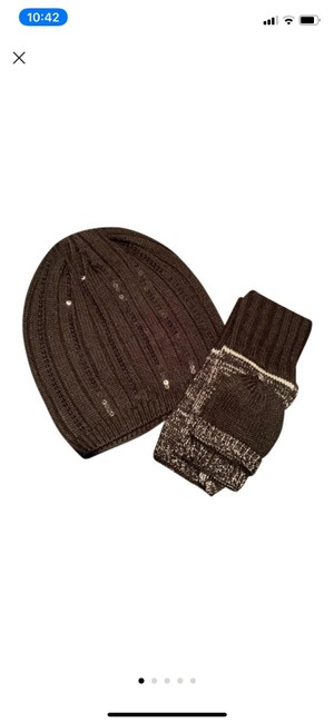 Item - Black New Sequin Beanie and Fine Knit Gloves Hat