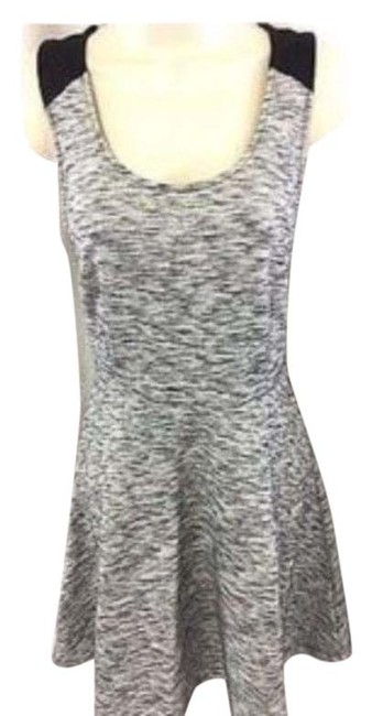 Item - Gray Short Casual Dress Size 4 (S)