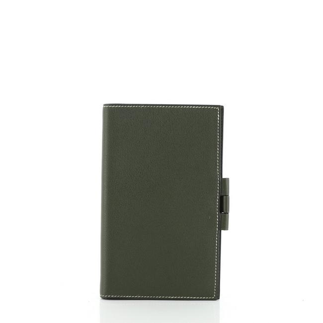 Item - Vision Agenda Cover Green Leather Clutch