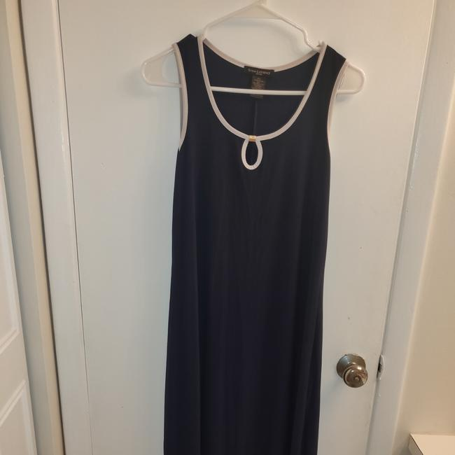 Preload https://img-static.tradesy.com/item/27969474/susan-lawrence-navy-blue-and-white-neckline-7189p-long-casual-maxi-dress-size-petite-4-s-0-3-650-650.jpg