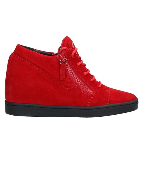 Item - Red New Sneakers Size EU 35 (Approx. US 5) Regular (M, B)