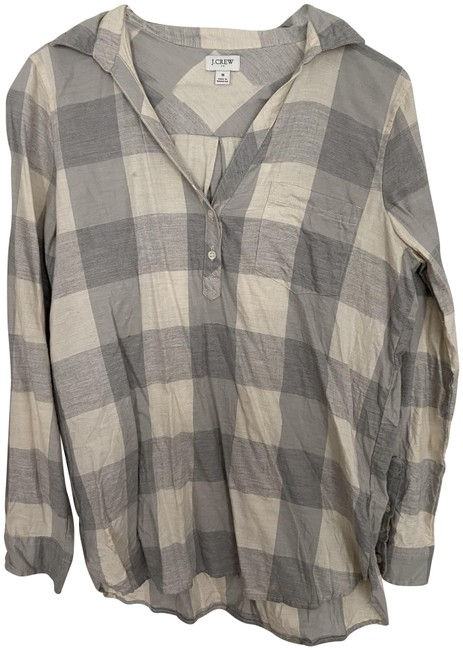 Preload https://img-static.tradesy.com/item/27969869/jcrew-grey-and-white-flannel-button-down-top-size-4-s-0-1-650-650.jpg