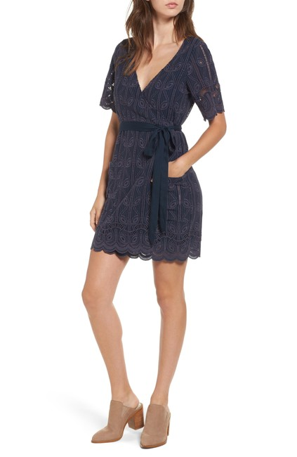 Item - Blue Rocky Cutwork Embroidery Wrap Navy Short Casual Dress Size 8 (M)