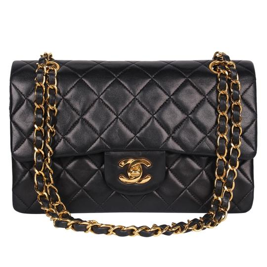 Preload https://img-static.tradesy.com/item/27971998/chanel-double-flap-excellent-condition-classic-small-8770-black-leather-shoulder-bag-0-1-540-540.jpg