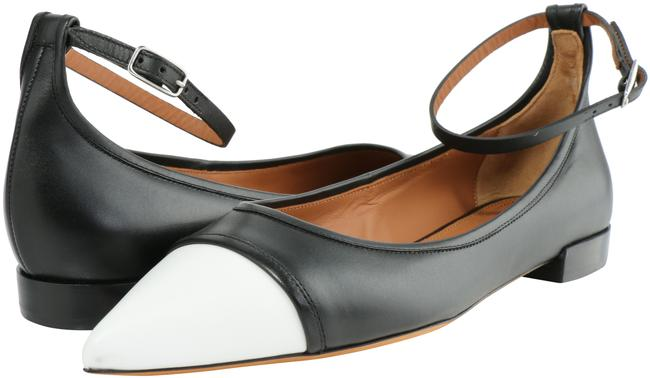 Item - Black/White Graphic Ankle Strap Ballerina Flats Size US 6.5 Narrow (Aa, N)