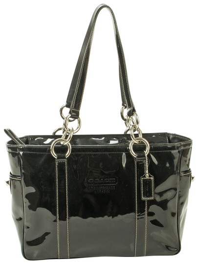 Preload https://img-static.tradesy.com/item/27976837/coach-shoulder-black-patent-leather-tote-0-1-540-540.jpg