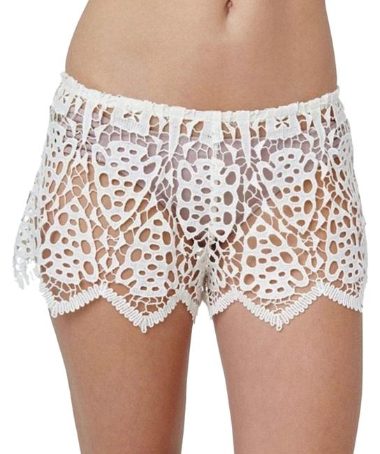 Preload https://img-static.tradesy.com/item/27976907/eberjey-off-white-spearhead-bridal-shorts-size-6-s-28-0-1-650-650.jpg