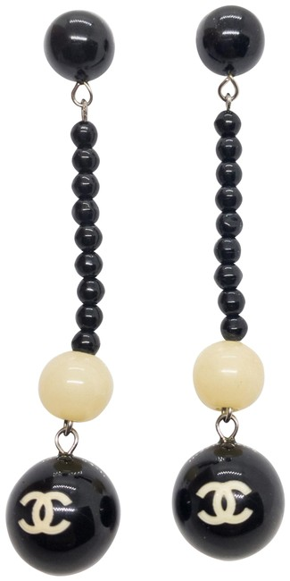 Chanel Black Pierced Cruise Collection 2006 Drop Dangle Cc Earrings Chanel Black Pierced Cruise Collection 2006 Drop Dangle Cc Earrings Image 1