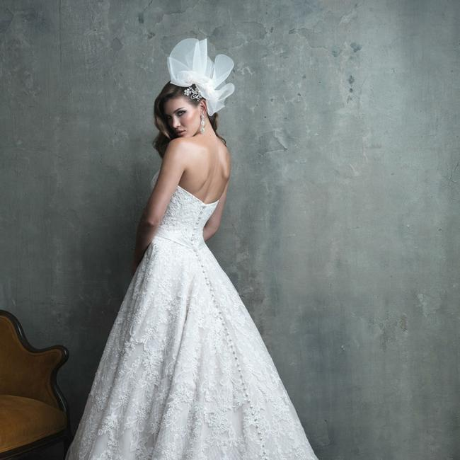 Allure Bridals Ivory Lace C308 Traditional Wedding Dress Size 10 (M) Allure Bridals Ivory Lace C308 Traditional Wedding Dress Size 10 (M) Image 1