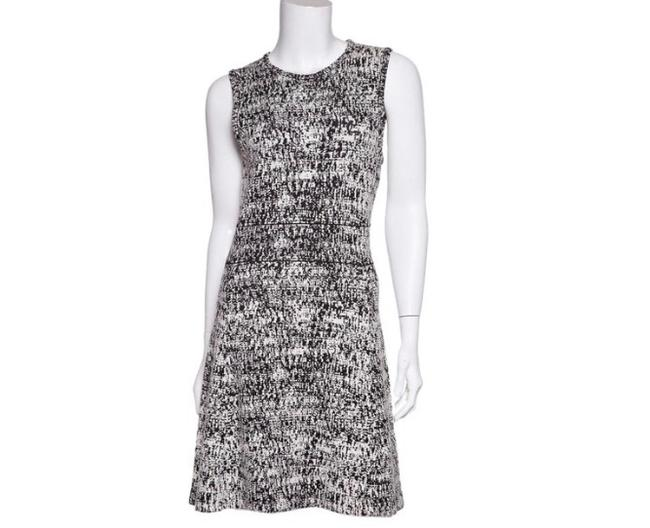 Preload https://img-static.tradesy.com/item/27977140/theory-black-and-white-mid-length-night-out-dress-size-4-s-0-0-650-650.jpg