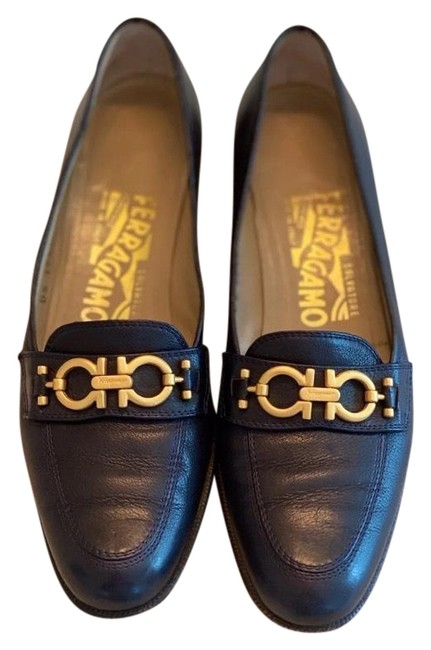 Item - Navy Blue Loafers Flats Size US 6 Narrow (Aa, N)