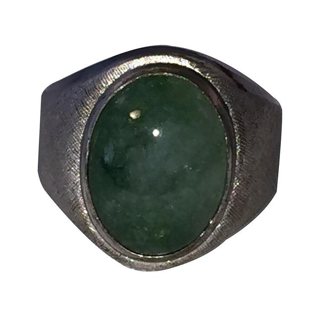 Unbranded Silver and Green Art Deco Sterling Mens Jadeite Cabochon Ring Unbranded Silver and Green Art Deco Sterling Mens Jadeite Cabochon Ring Image 1