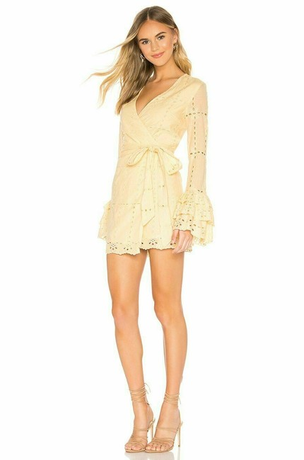 Item - Yellow Luna In Butter Embroidered Floral Short Casual Dress Size 4 (S)