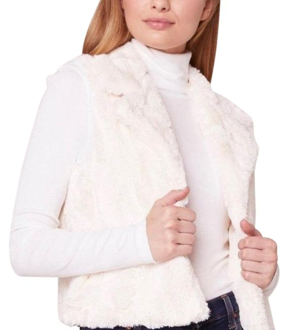 Item - White Faux Fur Vest Size 8 (M)