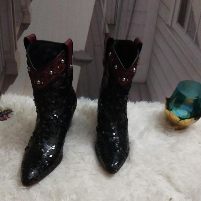 Item - Black and Red Sequin Boots/Booties Size US 6.5 Regular (M, B)