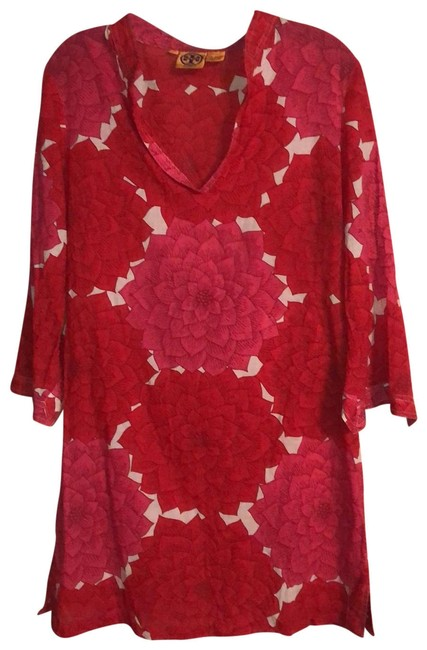 Item - Red Pink and White Zinnia Short Casual Dress Size 8 (M)